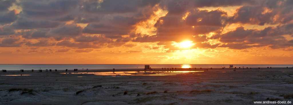 Kniepsand von Amrum: Abendstimmung am Strand