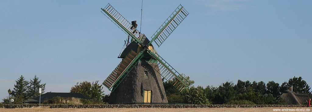 Die Wind-Mühle im Friesendorf Nebel